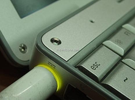 Notebook Power Plug