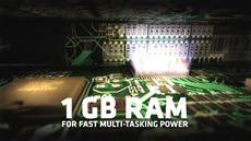 MOTOROLA RAZR™ - Retail Promo_HD.mp4_snapshot_00.39_[2012.08.15_15.24.39]
